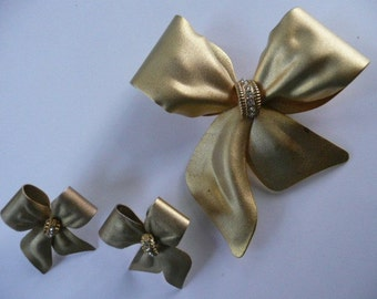 Golden Bow Pin and Earrings