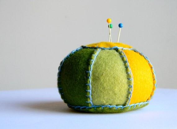 Wool Felt Pincushion (Spring Day)