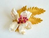 Flower Vintage Brooch Ruby Keishi Pearl