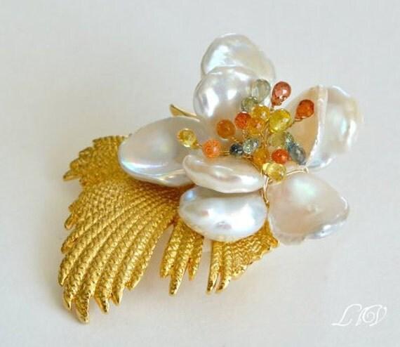 Sapphire  Keishi Pearl Flower Vintage Brooch