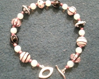 Pink and Black Glass Lampwork Bead Bracelet