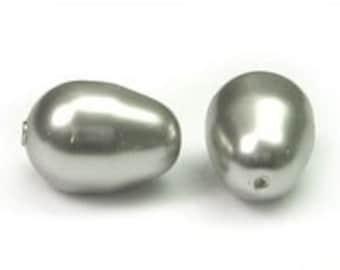 11 mm Swarovski Pear Drop pearl Light Grey - Quantity 4