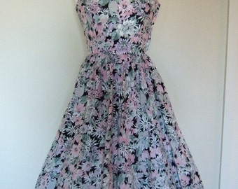 1980s does 1950s Pink Floral Sun Dress