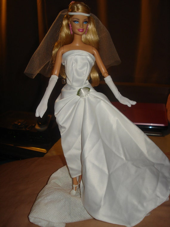 Handmade vintage inspired wedding dress & veil for Barbie Dolls - ed175