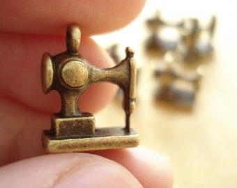 6pcs 3D SEWING Anitqued Bronze Charms Pendant Drop/ SB151