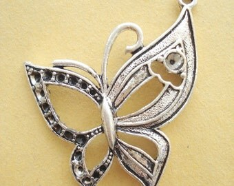 One Large Butterfly (50x40mm) Antiqued Pewter Charms Pendant B-80