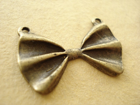 15pcs Antiqued Bronze Bowknot With 2 Hole Charms Pendant Connector B591
