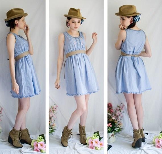 SALERACK  80s - Denim Cotton Picker - blue short dress empire waist fit sleeveless ruffle hem - size medium large