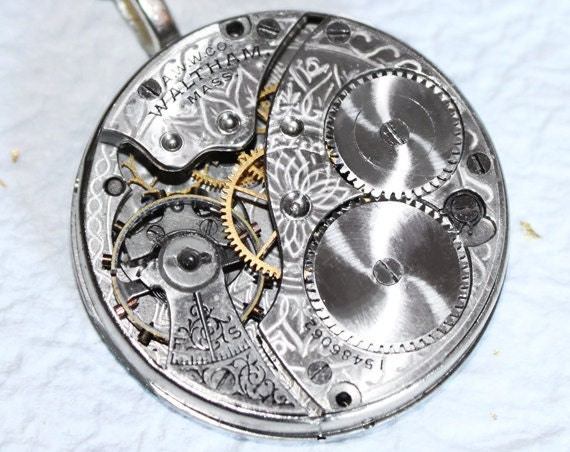Steampunk Necklace: Incredible 104 Yrs Old Spade Guilloche Etched Waltham Antique Pocket Watch Movement - Silver Men Steampunk Necklace Gift