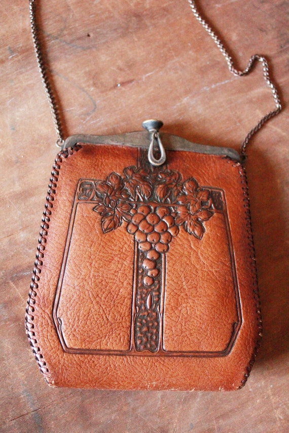 Antique 1915-1918 Jemco Arts and Crafts hand tooled leather purse with grapevine motif
