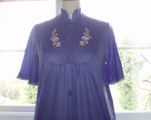"""Vintage 1960s/70s embroidered purple housecoat by St Michael 34"""" bust"""