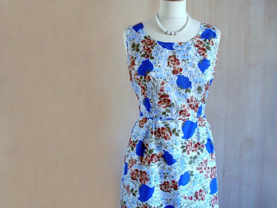 1940s 1950s Vintage  Wiggle Floral Day Dress 12 - Rare and Unique.