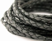 LBOLO0325602) 1 meter of 2.5mm Black Braided Bolo Leather Cord