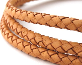 LBOLO0350601) 5.0mm Natural Genuine Braided Bolo Leather Cord.  1 meter, 3.25 meters.  Length Available.