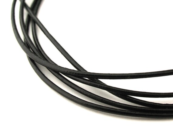LRD0110002) 1 meter of 1.0mm Black Round Leather Cord