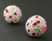 MCEE08031532) Fabric Covered Stud Earrings (15mm)