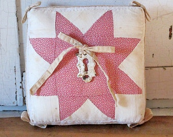 Antique Quilt Ring Pillow for Your Wedding