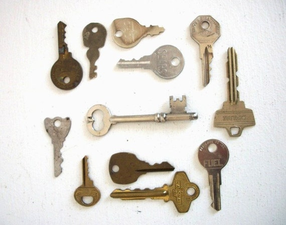 12 Vintage Keys- Instant Collection