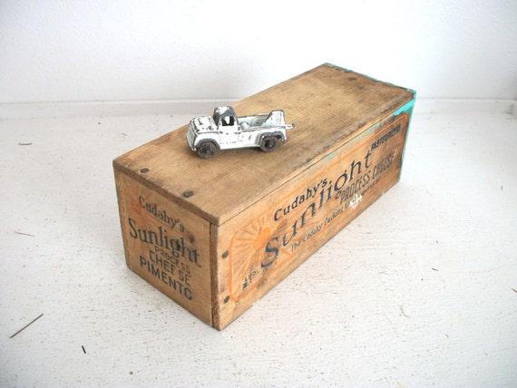 Vintage Cheese Box- Cudahy