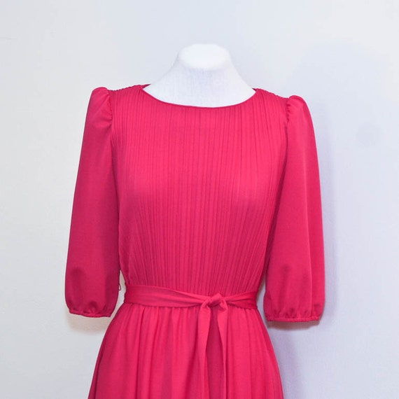 SALE - vintage 1970's raspberry day dress | small/medium dress