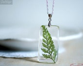 Fern necklace, resin jewelry, pressed leaf, nature necklace, botanical necklace, gift under 40 terrarium necklace, woodland necklace