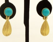 Vintage Earrings Drop Tuquoise Gold Trifari Clip Ons