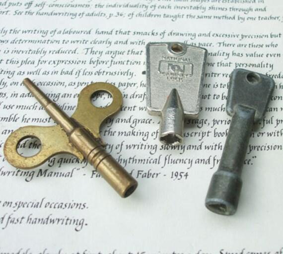 Odd old keys-  antique skeleton keys - DESTASH - vintage clock cabinet keys