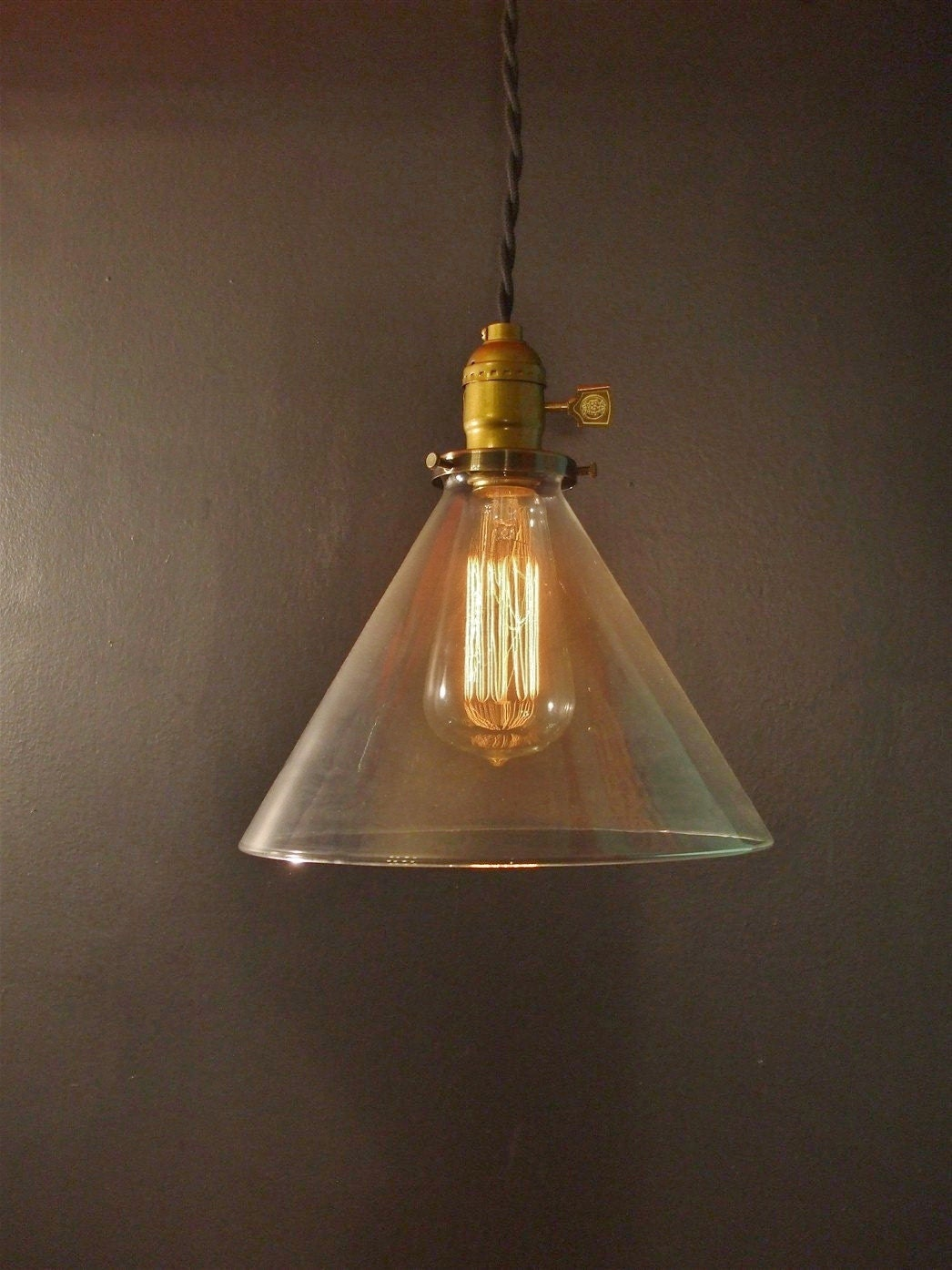 Vintage industrial hanging light with glass cone shade - Eigentijdse hangerlamp ...