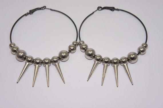 Bead Spike Black Hoop Earrings
