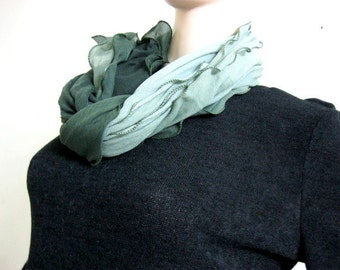 Leave Scarf of Soft Cotton Gift for Her Birthday Anniversary Neck Accessories Winter Fall Spring Scarves mint scarf sage green leaves scarf