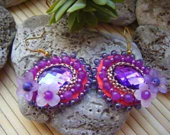 Oval fuchsia, gold and hot pink embroidered earrings