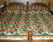 Homemade Windblown Square Thanksgiving Quilt