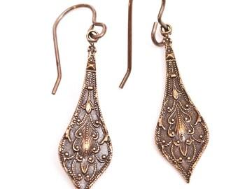 Embossed Pendant Pierced Earrings