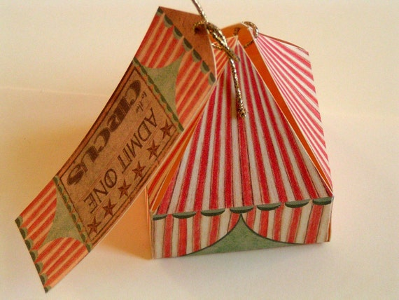 2 Circus tent gift boxes with tags 5 x 5 x 7cm (other quantities available)
