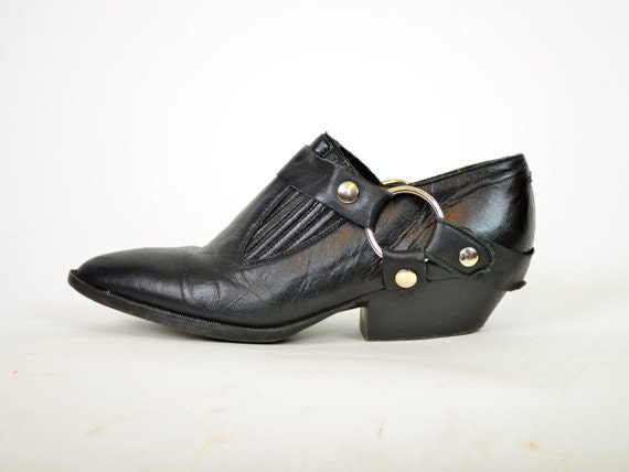 motorcycle slip on ankle booties, size 6