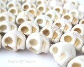 Skull Beads, White Day of the Dead Magnesite Stone Beads - 12pcs - Small 8x12mm