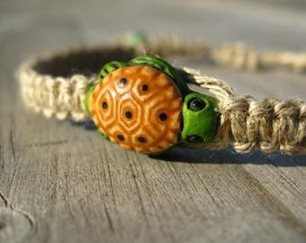 Sea Turtle Hemp Bracelet, Natural Hemp with Cute Turtle Bead