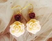 Bridal Creamy Flower Earrings