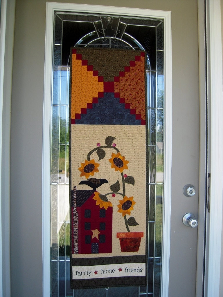 Quilted Wall Hanging Quilt Primitive Saltbox Door Banner