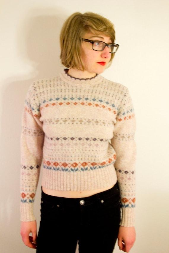 Small 70's Beige Cropped Wool Flower Pattern Sweater