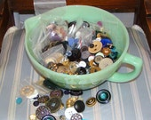 Vintage LOT of Buttons Hundreds Some Antique , Lucite , MOP Metal Plastic New and Old Arts & Craft Supply