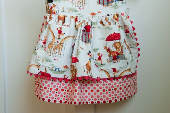 Sewing Pattern: Girls Apron Dirndl Skirt (PDF INSTANT DOWNLOAD)