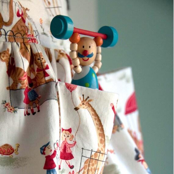 Dirndl Skirt Sewing Pattern: Girls Apron Skirt PDF (INSTANT DOWNLOAD)