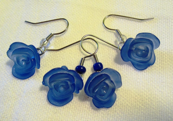 Cole's Blue Rose Case earrings. Twin Peaks inspired.