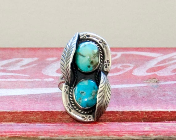60s Vintage Turquoise Native American Silver Ring (size 8 3/4)