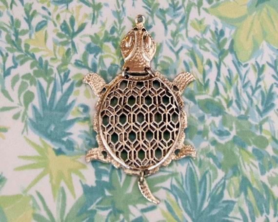 1970s Vintage Gold Large Turtle Pendant. Necklace Charm. Finding