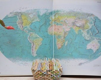 Map Paper Gift / Map Art / Map / Maps / Pencil Holder / Paper Bowl / Paper Anniversary / Origami / 1st Anniversary Gift / Home Décor / Bowl
