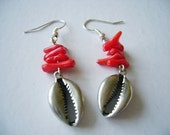 Under The Sea // Sterling Silver Pewter Seashell Charm with Corals Earrings