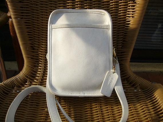 Midseason coupon SALE 15% Off // Stylishly BOLD // vintage Coach off white camera style shoulder bag