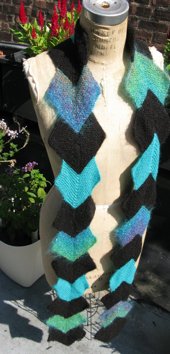 Stand out: Long green and black zig zag scarf